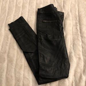 Forever 21 Women's Black Faux Leather Pants XS